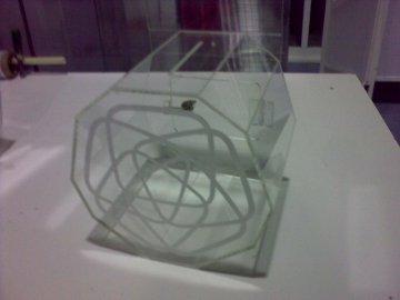Caixa em acrilico cristal com logotipo gravado a laser